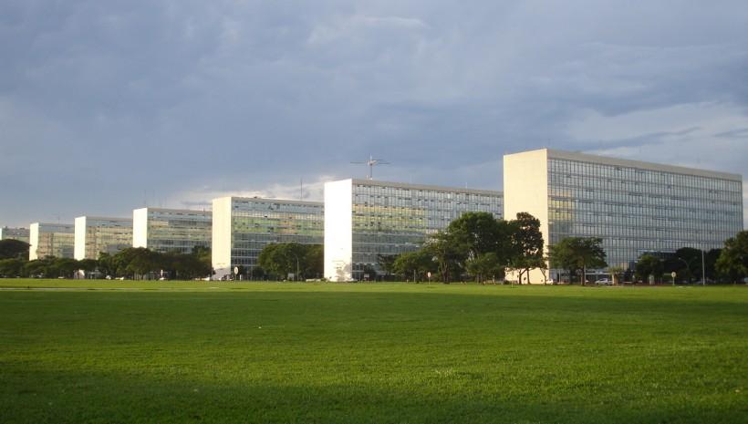 Senado aprova 14.419 novas vagas federais