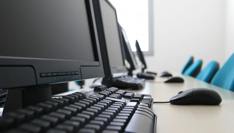 Computador não fala nem computa!
