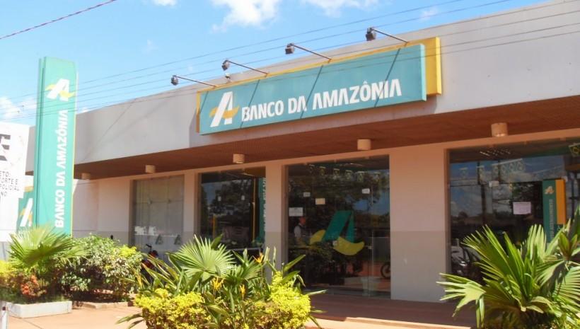 Banco da Amazônia abre concurso com 551 vagas