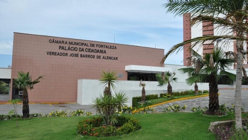 Câmara de Fortaleza abre concurso com 31 vagas
