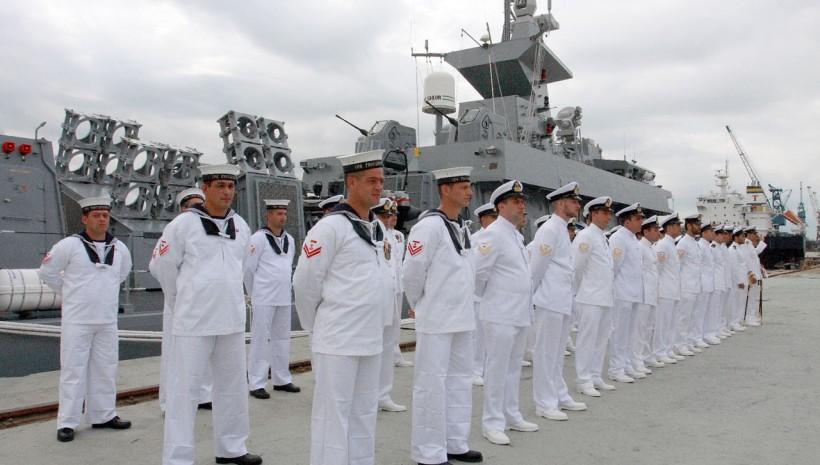 Marinha oferece 415 vagas